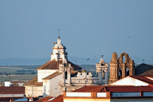 San Juan de dios y convento de Santa Clara